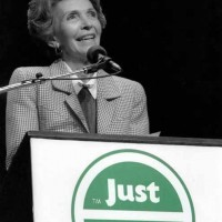 Nancy Reagan just say no